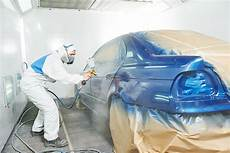 Auto Body Painter How Does An Auto Body Shop In Tucson Match The Paint On My