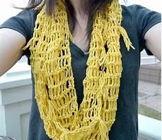 easy crochet scarf in a stitch