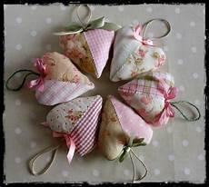 shabby chic fabric hearts more exles of shabby chic