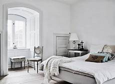 Beautiful Bedroom Simple Everyday Antique Details