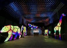 The Zoo Wild Lights A Wild Wonderland Of Light L A Zoo Lights