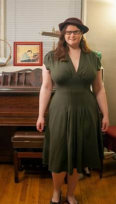 bust friendly dress review the dress by trashy