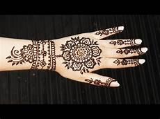 Pretty Henna Designs Floral Henna Pattern Spring Mehendi Design Pretty