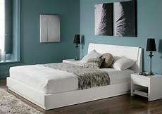 pareti colorate da letto colori si adattano a da letto con mobili