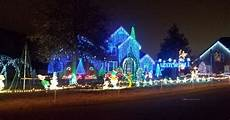 Darden Tn Christmas Lights Christmas Lights In Nashville Where To Go To See The Lights