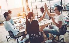 Teamwork Examples In The Workplace The Value Of Teamwork In The Workplace Robert Half