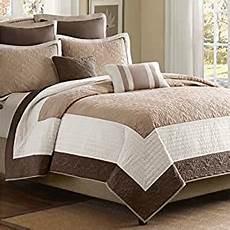 luxury comfort bedding quilt set on