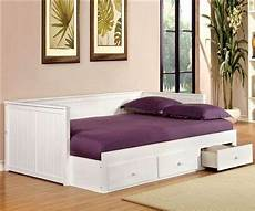 size wolford daybed in white finish cm1927wh