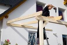 Werkzeug Terrassenbau by Aufbau Einer Leimholz Terrassen 252 Berdachung