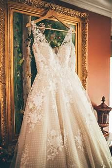 billige bryllupsideer retailer portal maggie sottero i 2020 brudekjole brud