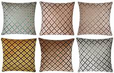 chenille velvet criss cross design check 17 x 17 cushion