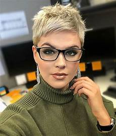 kurzhaarfrisuren pixie cut 2019 20 best pixie cuts for hairstyles and