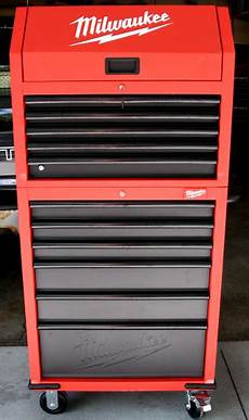 review milwaukee 30 12 drawer tool chest and rolling