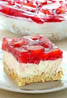 no bake strawberry heaven cake sugar apron