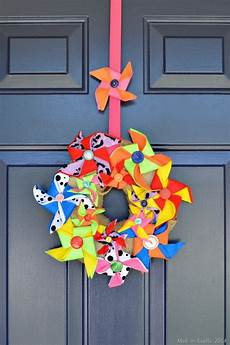 on crafts for felt pinwheel wreath mad in crafts