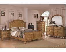 Oak Bedroom Furniture Sets Coaster Emily Bedroom Set In Light Oak Co 202571set