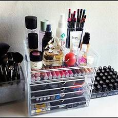8 tricks to organize your makeup vanity thegoodstuff