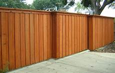 Simple Fence Design Wood Fence Designs And Their Uses Broward County Fence