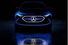 Mercedes Benz Cornering Lights Mercedes Benz Concept Eqa Lights Up Frankfurt With Laser