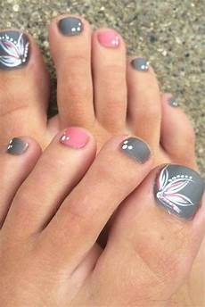 Cute Beach Toenail Designs Nail Designs For Truly Fashionable Chicks Who Follow The