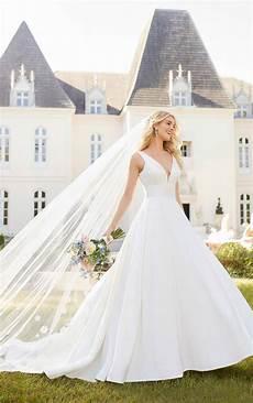Love Wedding Dress Design Royal Inspired Simple Wedding Dress Stella York Wedding