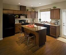best way to clean kitchen cabinets cleaning wood cabinets