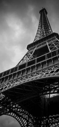 Black And White Photography Iphone Wallpaper by Iphone X Wallpapers 35 Great Images For An Amoled Screen