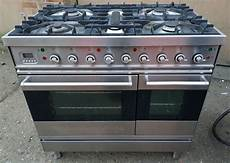 Indesit Idf125 Lights 1 And 3 Britannia 90cm Dual Fuel Range Cooker Free Delivery In