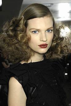 fall winter hairstyle trends 2013 2014 slicked back hair