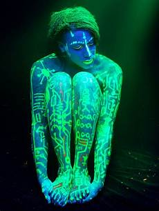 Cheap Black Light Paint Enter The Surreal World Of Black Light Photography