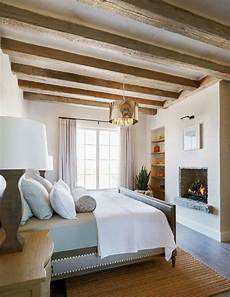 da letto in legno 35 chic bedroom designs with exposed wooden beams digsdigs