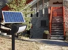 illuminazione solare da esterno scopriamo insieme le lade solari da giardino lade