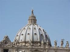 visitare la cupola di san pietro quanti gradini per la cupola di san pietro vita donna