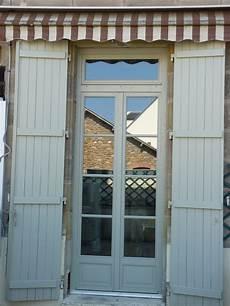 porte fen 234 tre 2 vantaux avec imposte petits bois coll 233 s volet 224 lames verticales en 2019