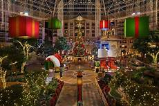 Where To Look At Christmas Lights In Dallas 12 Best Christmas Light Displays In Texas 2016