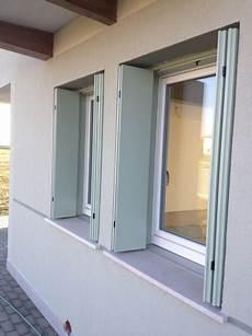 taglio termico davanzale foto finestre con davanzale in alluminio con taglio