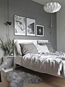 pareti grigie da letto 5 idee creative per la parete dietro il letto chasing