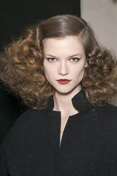 curly hairstyles 8 runway inspired looks fall 2013