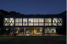 liamento casa con veranda jg house mpgarquitetura archdaily