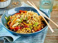 asiatische rezept rezepte asiatisch wok beliebte hausrezepte