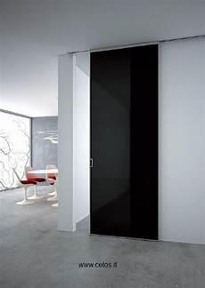 programmi design interni porta tutto vetro con profili in alluminio e guida