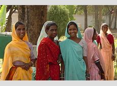 Shopping for saris in India and learning about Indian