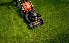 Yard Mowing Service Different Yard Mowing Services That Homeowners Should Consider