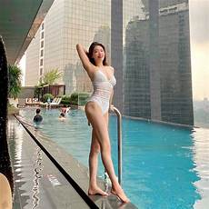 dekle ki doma dela jogo korejska učiteljica joge sung heehong je odšla v tuje