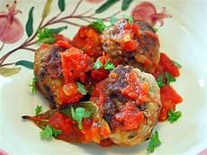 albondigas opskrift alb 243 ndigas spanske k 248 dboller i tomatsauce med billeder