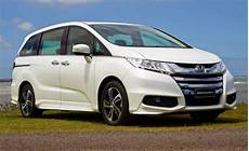 honda odyssey hybrid 2020 americans as honda launches high mpg odyssey hybrid