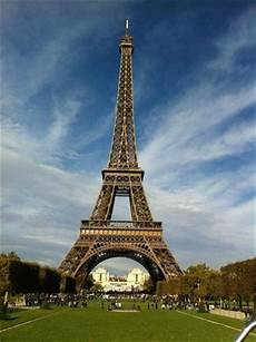 Eiffel Towering The South African Flag Picture Of Eiffel Tower Paris