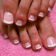 French Tip Toe Designs French Toe Nail Design 2017 Nail Art Styling