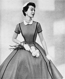 your ultimate damsel 1950s fashion