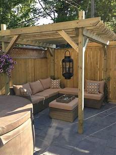 Small Patio Design 28 Backyard Seating Ideas Page 21 Of 28 Worthminer